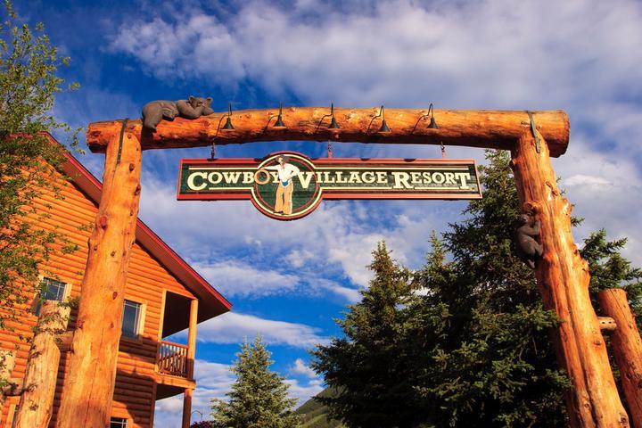 Pet Friendly Cowboy Village Resort