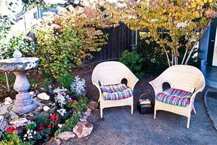 Pet Friendly Sonoma Creek Inn