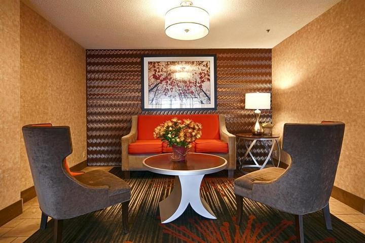 Pet Friendly Best Western Plus Denver Tech Center Hotel