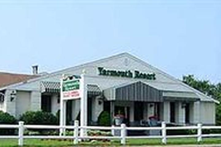Pet Friendly Yarmouth Resort
