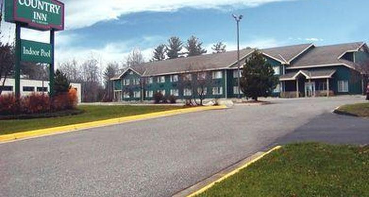 Country Inn & Suites Grand Rapids Pet Policy