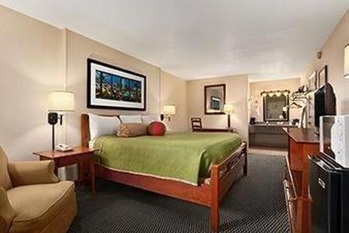 Pet Friendly Travelodge New Orleans Westbank