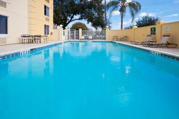Pet Friendly La Quinta Inn & Suites Lakeland East