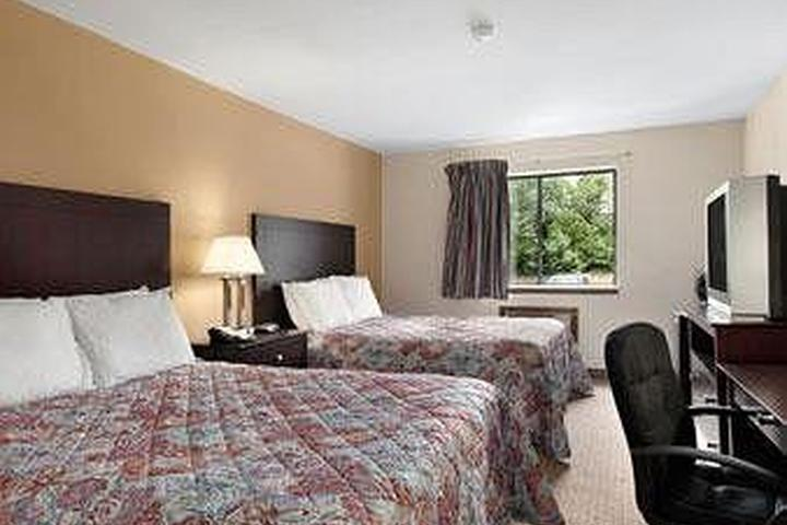 Pet Friendly Hotels in Danville, KY - Bring Fido
