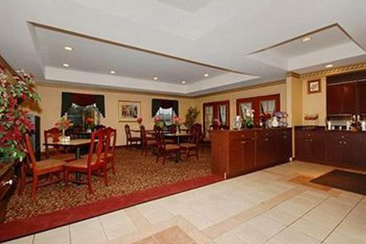 Pet Friendly Comfort Inn & Suites Spartanburg