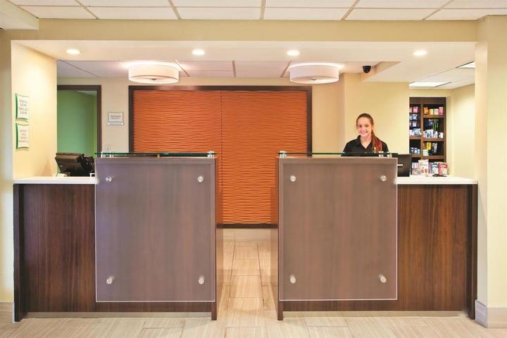 Pet Friendly La Quinta Inn & Suites Goodlettsville Nashville