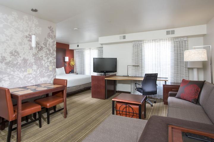 Pet Friendly Residence Inn by Marriott Phoenix Glendale Peoria