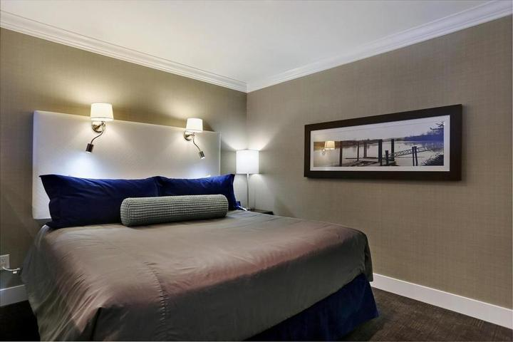 Pet Friendly Sandman Signature Hotel and Suites Langley