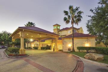 Pet Friendly La Quinta Inn & Suites Houston West Park 10