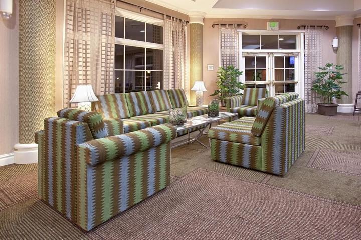 Pet Friendly La Quinta Inn & Suites Louisville