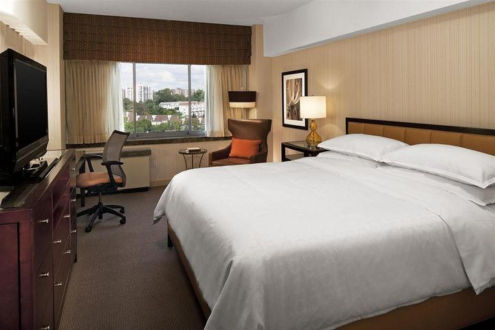 Pet Friendly Sheraton Stamford Hotel