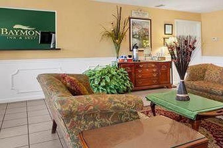 Fine Pet Friendly Hotels In Brunswick Ga Bring Fido Beutiful Home Inspiration Aditmahrainfo
