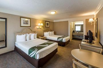 Pet Friendly Quality Inn Lake Marble Falls