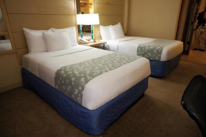Pet Friendly La Quinta Inn & Suites Fort Lauderdale Tamarac