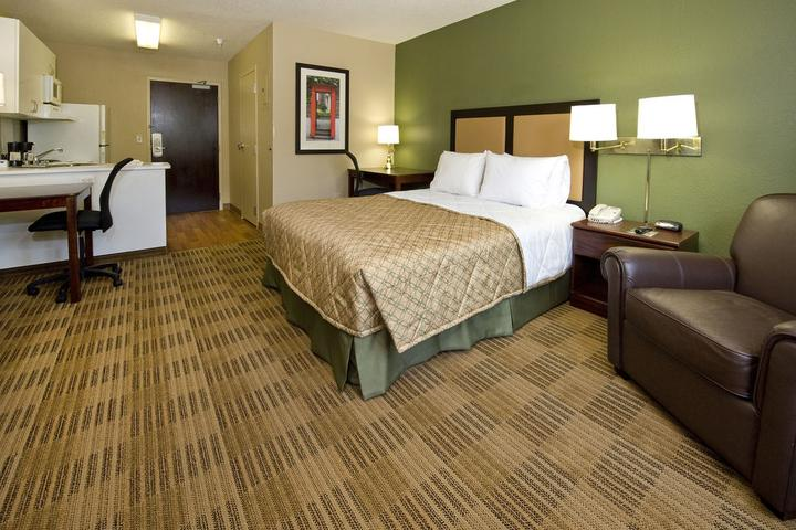 Pet Friendly Extended Stay America Chicago Naperville East
