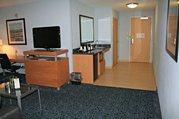 Pet Friendly Holiday Inn Express Hotel & Suites Rock Springs