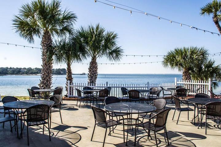 Pet Friendly Quality Inn Gulf Breeze