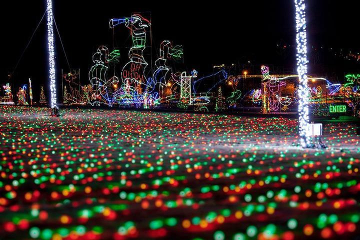 Pet Friendly Shadrack's Christmas Wonderland Johnson City