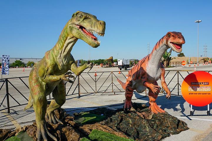 Pet Friendly Jurassic Quest Drive-Thru