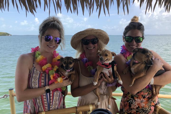 Pet Friendly Cruisin' Tikis Key Largo