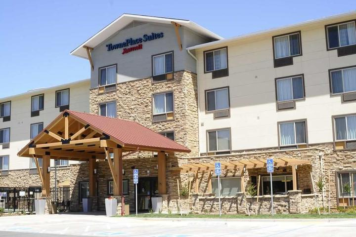 Pet Friendly TownePlace Suites Redding