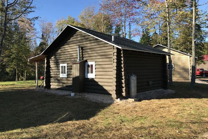 Pet Friendly Black Point Camp & Lodge #3