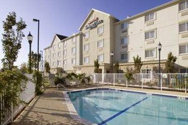 Pet Friendly TownePlace Suites by Marriott Texarkana