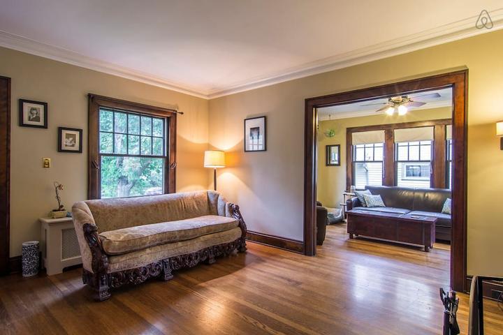 Pet Friendly Brooklyn Airbnb Rentals