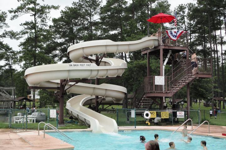 Pet Friendly Lake Waldo's Beach Swimming Area & Campground