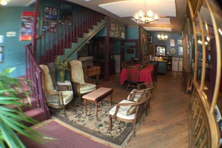Pet Friendly Silverton Airbnb Rentals
