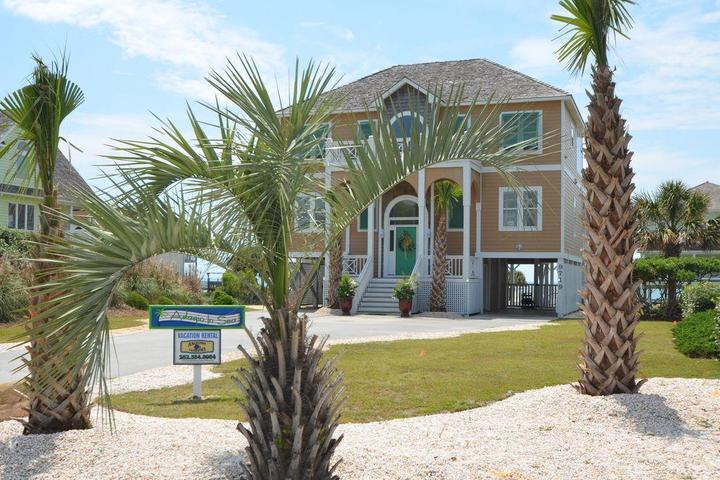 Pet Friendly Vacation Rentals in Emerald Isle, NC - Bring Fido