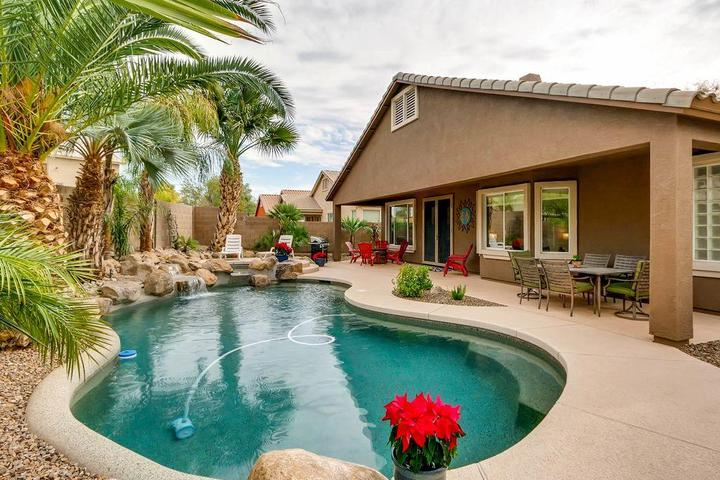 Pet Friendly Absolutely Stunning Arizona Oasis