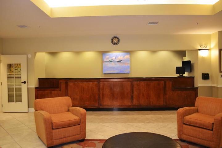 Pet Friendly La Quinta Inn & Suites Panama City Beach