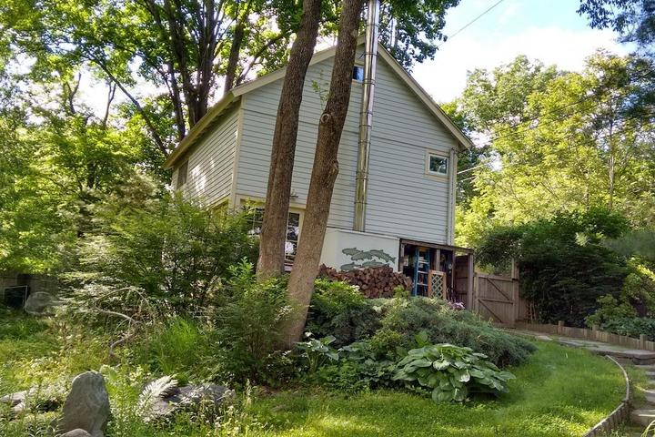 Pet Friendly Newton Airbnb Rentals
