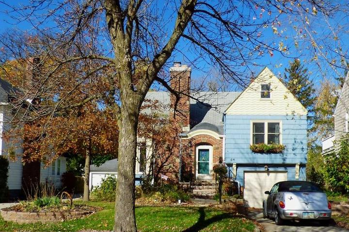 Pet Friendly North Randall Airbnb Rentals