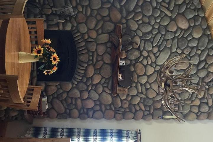 Pet Friendly Gorgeous Buena Vista Cabin