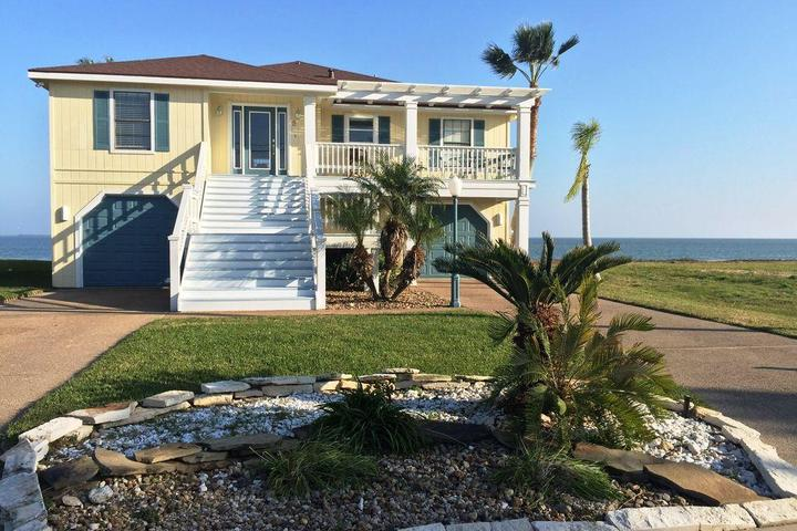 Awesome Pet Friendly Vacation Rentals In Rockport Tx Bring Fido Download Free Architecture Designs Boapuretrmadebymaigaardcom