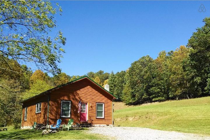 Pet Friendly Piney Creek Airbnb Rentals