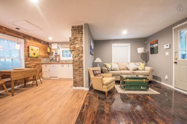 Pet Friendly Hixson Airbnb Rentals