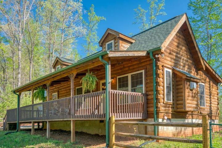 Pet Friendly Lower Rate -Cozy Carolina Cabin