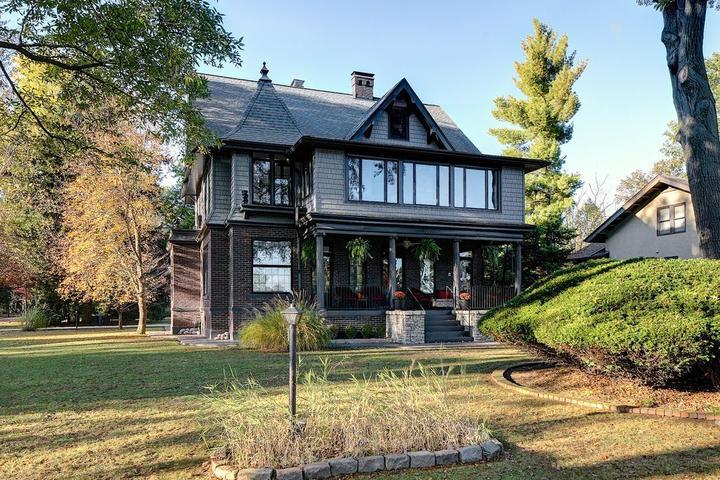 Pet Friendly VRBO Blue Ridge Manor