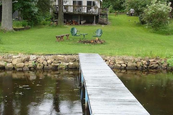 Pet Friendly Island View Hideaway Cottage