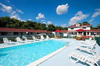 Hotel Booking from Happy Thanksgiving Holiday