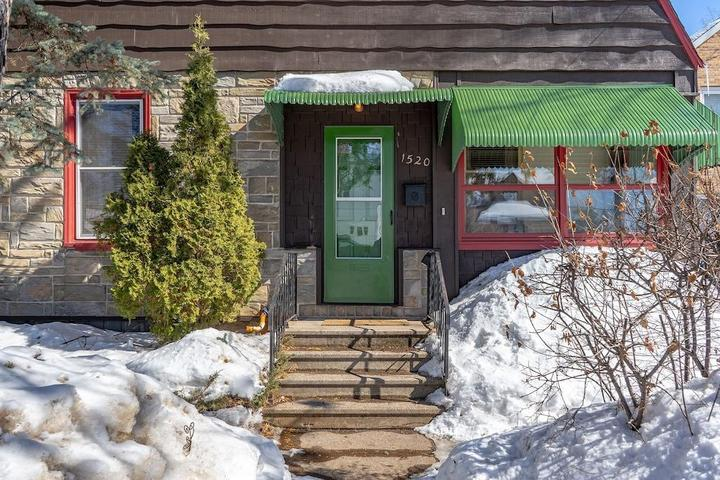 Pet Friendly Park Point House and Cottage