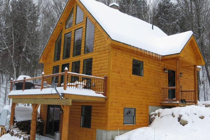 Pet Friendly Vacation Rentals in Sunday River, ME - Bring Fido