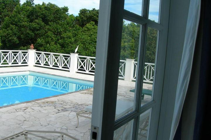Pet Friendly Villa with Large Pool