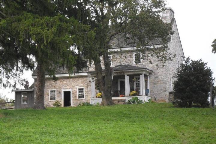Pet Friendly Berryville Airbnb Rentals