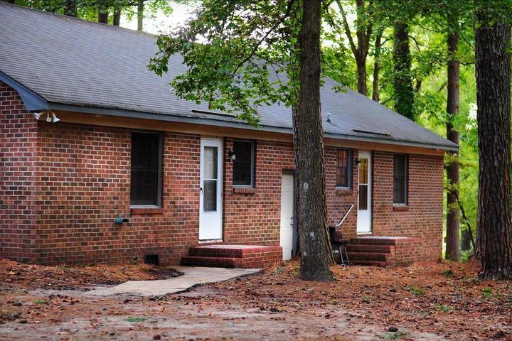 Pet Friendly Winterville Airbnb Rentals