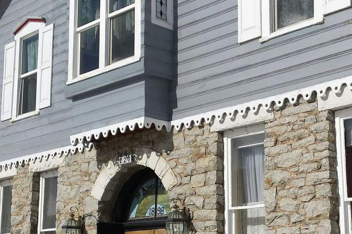 Pet Friendly Inn of the Rockies-Alma House
