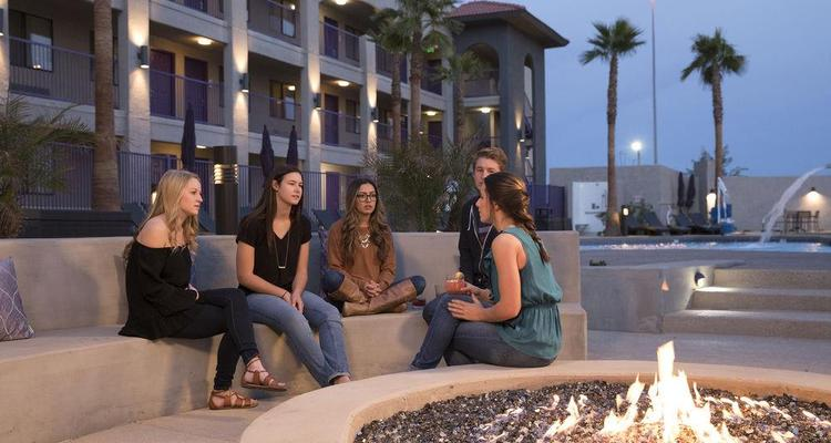 Grand Canyon University Hotel Pet Policy
